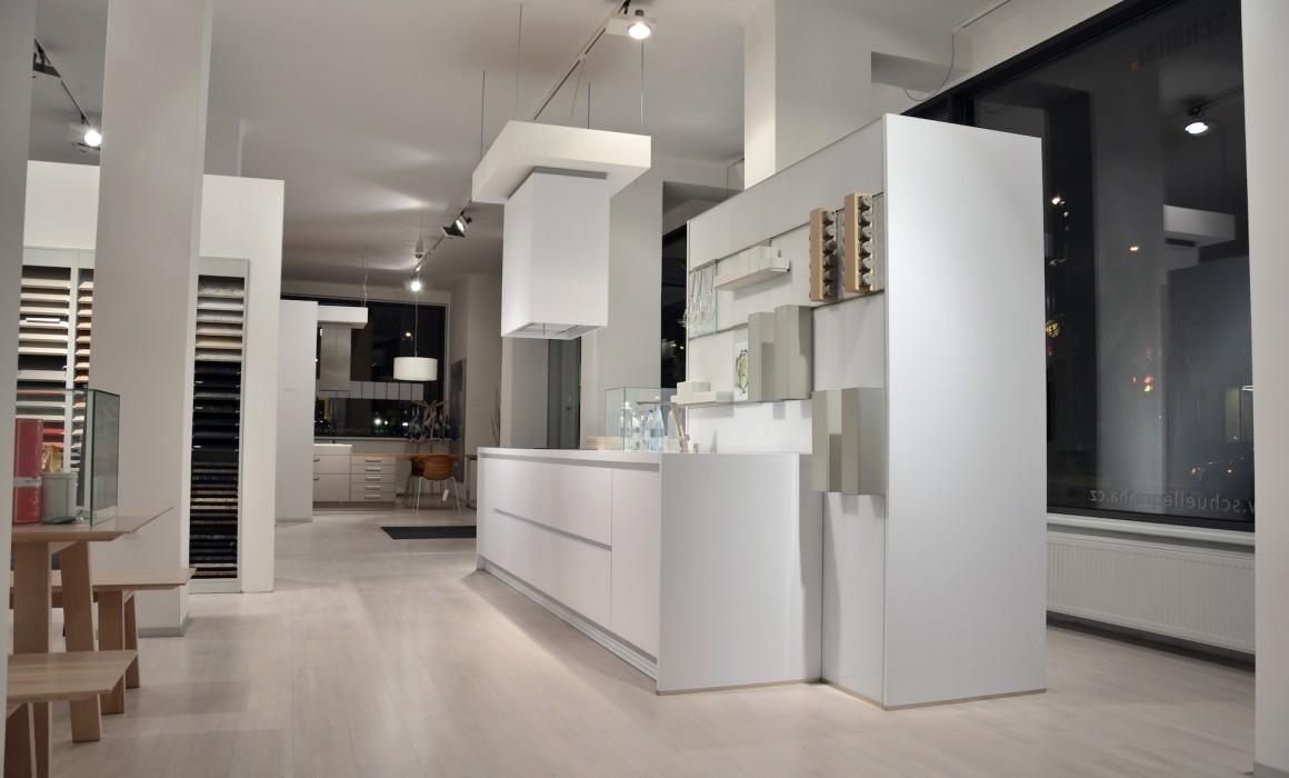 Kuchyně next line NL800 SOlid polární bílá výprodej 58%