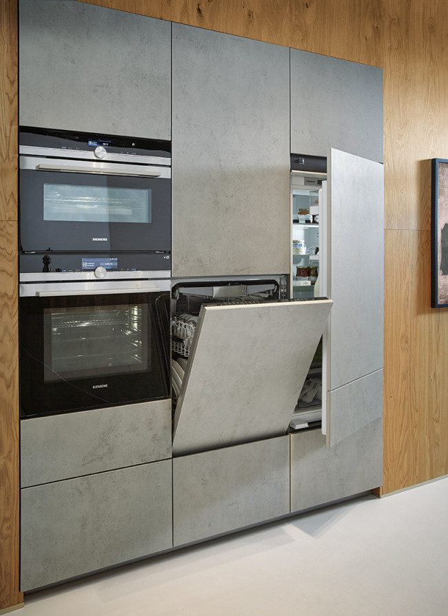 Kuchyně NX 950 Keramika beton šedý - stěna se spotřebiči
