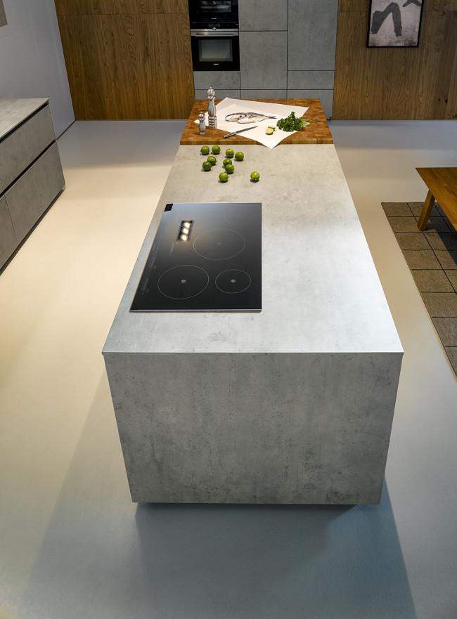 Kuchyně NX 950 Keramika beton šedý - varný ostrůvek