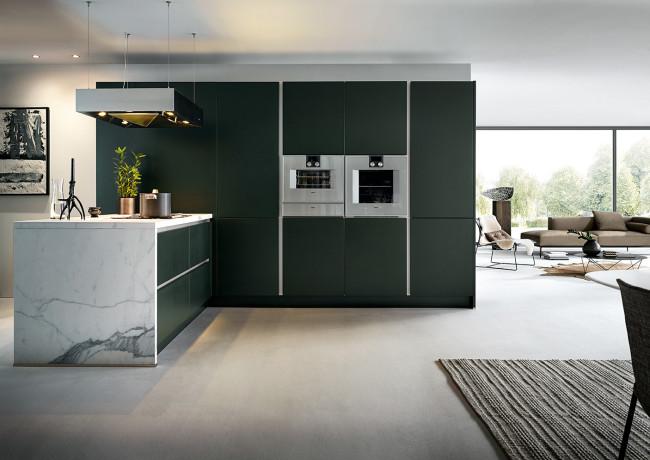 Kuchyně next125 NX 500 Zelená saténová Jaguár - stěna